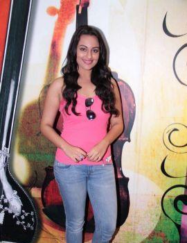 Sonakshi Sinha Latest Stills at Radio City FM Studio