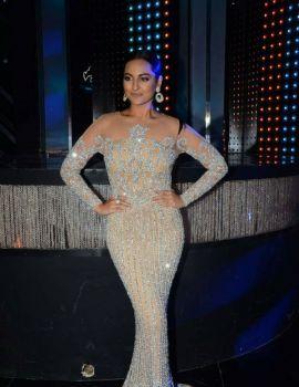 Sonakshi Sinha On The Sets Of Star Plus Dance Reality Show Nach Baliye Season 8 in Mumbai