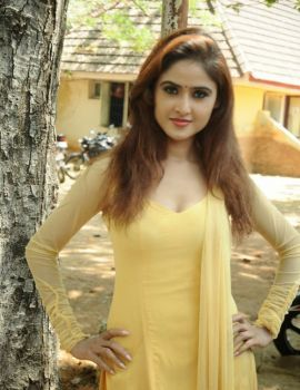 South Indian Actress Sony Charishta Latest Photoshoot Stills