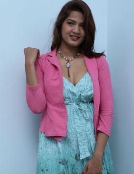 Sravani Nikki Stills at Life Anubhavinchu Raja Movie Interview