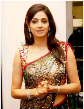Bollywood Actress Sri Devi in Saree