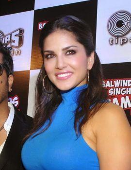 Sunny Leone Stills at Balwinder Singh Famous Ho Gaya Music Launch