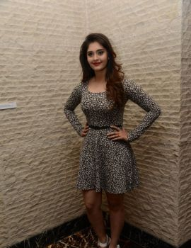 Telugu Actress Surabhi at Vivo V5 Mobile Launch
