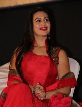 Surveen Chawla Jaihind 2 Movie Heroin Latest Stills