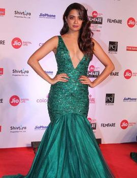 Surveen Chawla Stills at 63rd Jio Filmfare Awards