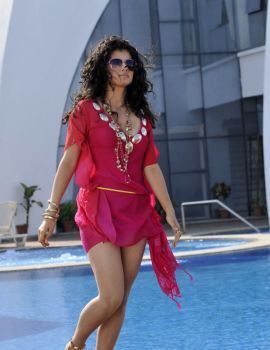 Taapsee Pannu hot Stills from Movie Veera