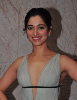 Tamanna Bhatia Stills at South Scope Life Style Awards 2016