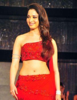 Tamanna Bhatia walks the ramp at 2011 Blenders Pride Fashion Tour