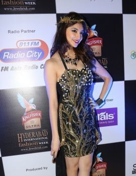 Tanvi Vyas Latest Photos at Kingfisher Ultra Fashion Show