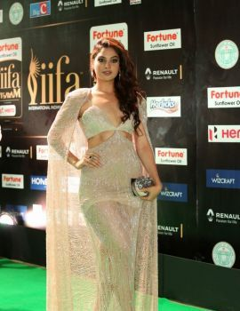 Actress Tanya Hope Stills at IIFA Utsavam Awards 2017