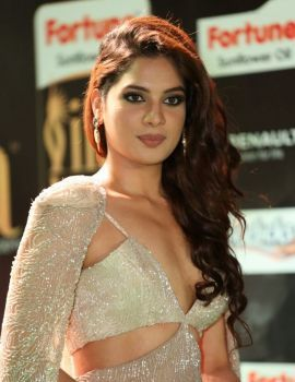 Actress Tanya Hope Stills at IIFA Utsavam Awards 2017