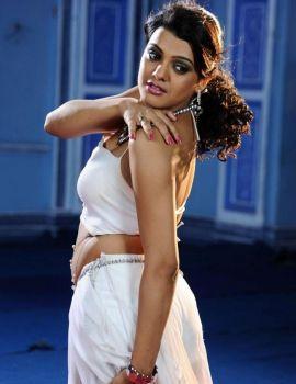 Telugu Actress Tashu Kaushik Stills from Telugabbai Movie