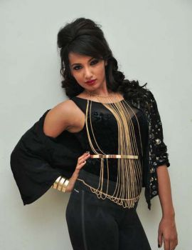 Tejaswi Madivada Latest Photos in Black Dress