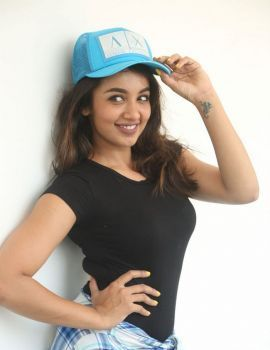 Tejaswi Madivada Photos at Babu Baga Busy Movie Promotion