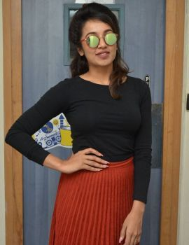 Tejaswi Madivada Stills at Babu Baga Busy 4th Song Launch