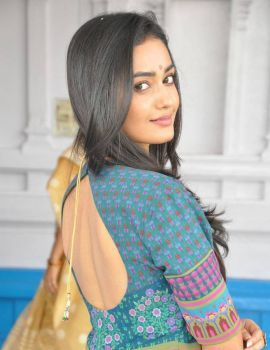 Tridha Choudhury at Anandi Indira Production New Movie Launch
