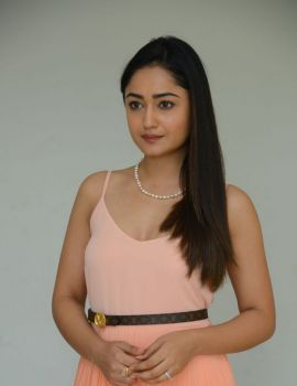 Tridha Choudhury Stills at Anukunnadi Okati Ayinadi Okati Press Meet