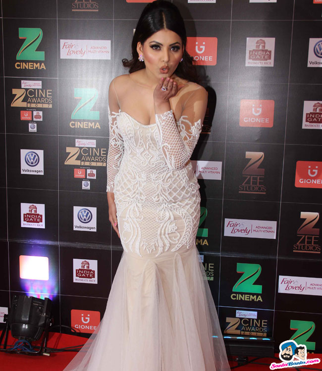 Bollywood actress Urvashi Rautela at Fair Lovely Zee Cine Awards 2017