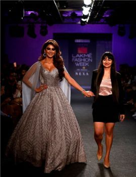 Urvashi Rautela walked for Pink Peacock Couture at LAKME FASHION WEEK W|F 2019