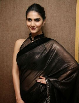 Vaani Kapoor in Black Saree at Aaha Kalyanam Movie Interview