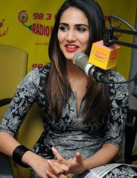 Vaani Kapoor Stills at Radio Mirchi Studio