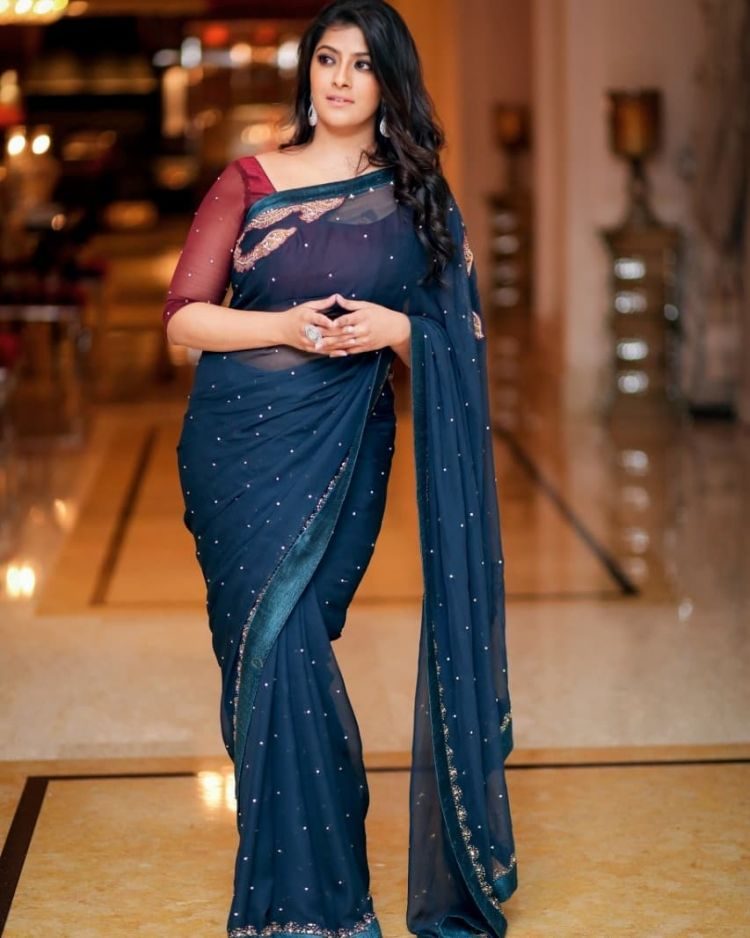 Tamil Actress Varalakshmi Sarathkumar Photos at Pandem Kodi 2 Press Meet