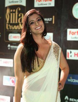 Varalakshmi Sarathkumar at IIFA awards 2017 Function