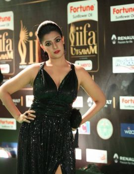 Varalakshmi Stills at IIFA Utsavam Awards 2017 Day 2