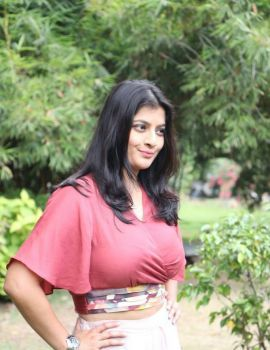 Varalaxmi Sarathkumar at Sathya Movie Success Meet
