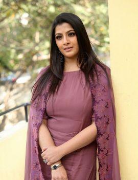 Varalaxmi Sarathkumar Stills in Sarkar Movie Interview