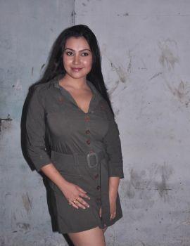 Tamil Actress Varsha K Pandey Pics in Athiyayam Movie On Location