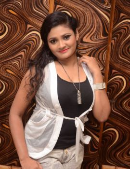Rendaksharalu Movie Heroine Vasavi Reddy Photos