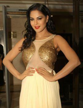 Veena Malik Promotes Her Film Super Model in New Delhi