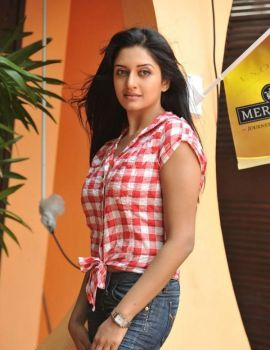 Actress Vimala Raman Latest Photoshoot Stills