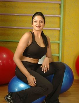 South Indian Actress Vimala Raman Photos at Gym