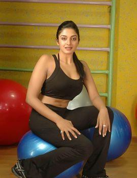 South Indian Actress Vimala Raman Photos at Gym
