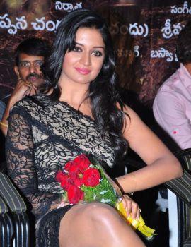 Vimala Raman in Telugu Movie Kullu Manali Audio Release