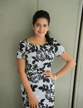 Telugu Actress Vishakha Singh Stills at Rowdy Fellow Release Date Press Meet