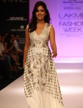Yami Gautam at Lakme Fashion Week 2013 Day 1 Stills