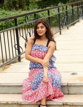 Telugu Actress Yamini Bhaskar stills at Nartanasala movie Interview