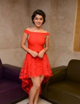 Yamini Bhaskar at 100 Days of Love Movie Audio Launch
