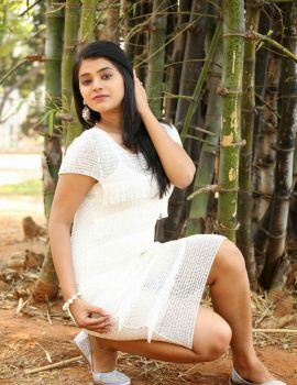 Yamini Bhaskar at Kothaga Maa Prayanam Movie Launch