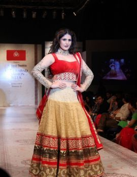 Zareen Khan on the Ramp at Hyderabad Fashion Week